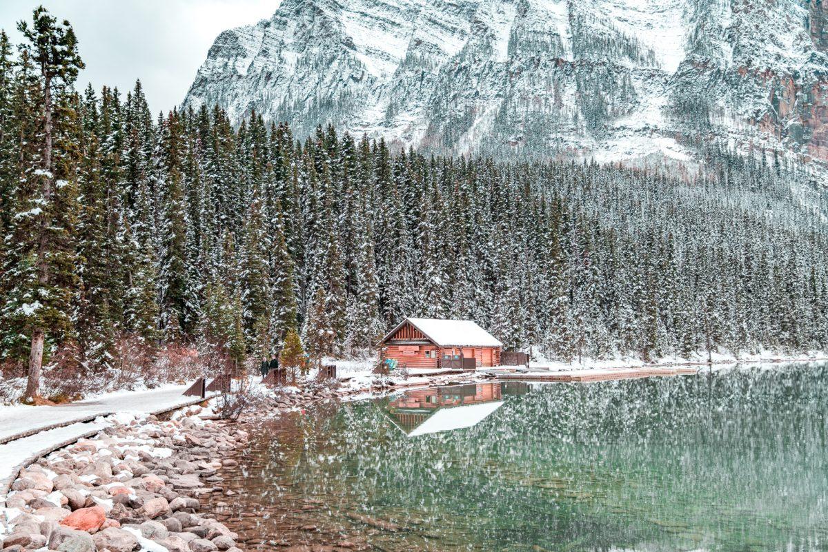 Lake Louis, Banff, Cabin, Longnecker