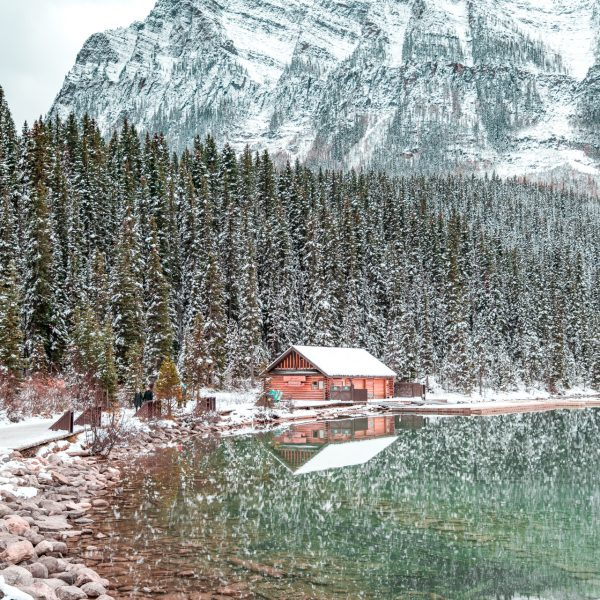 Lake Louis, Banff, Cabin, Longnecker